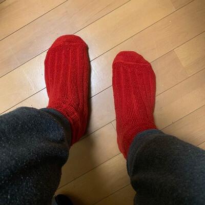 中国人彼女が買った赤い靴下